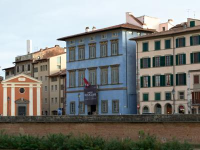 What to see in Pisa: Blue Palace
