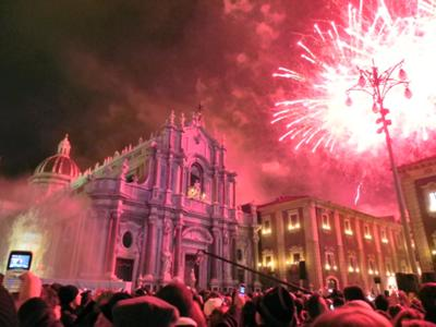 Things to do in Catania: The Festival of Sant'Agata and the fireworks at the Borgo