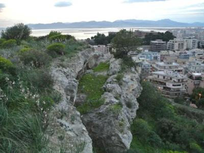 What to do in Cagliari: DIY aperitif at the belvedere of Monte Urpinu