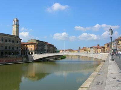 What to see in Pisa: Middle Bridge