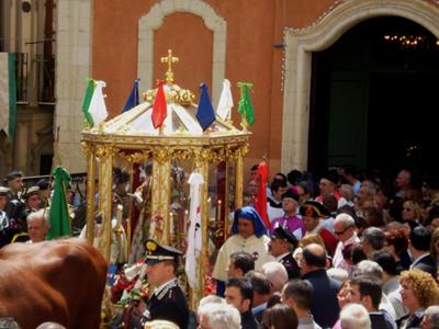 What to do in Cagliari: Take part in Saint Efisio Festival