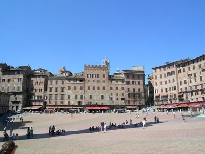 What to see in Tuscany: Siena, Piazza del Campo
