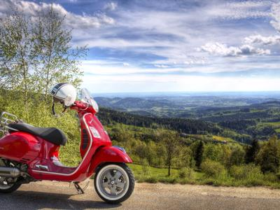 Da fare in Toscana: Scoprite Pisa in vespa